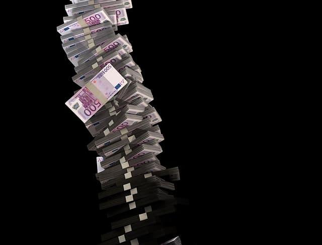 dinero de sobra