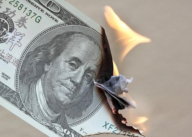 No dejes tu dinero ocioso e inviértelo para no pagar impuestos.